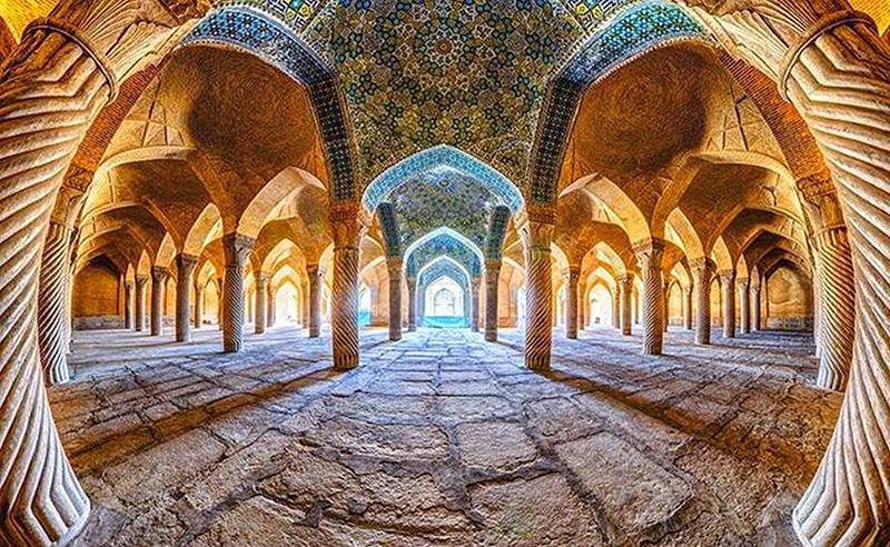 Самая красивая мечеть в Иране. Фото мечети Вакиль в Ширазе