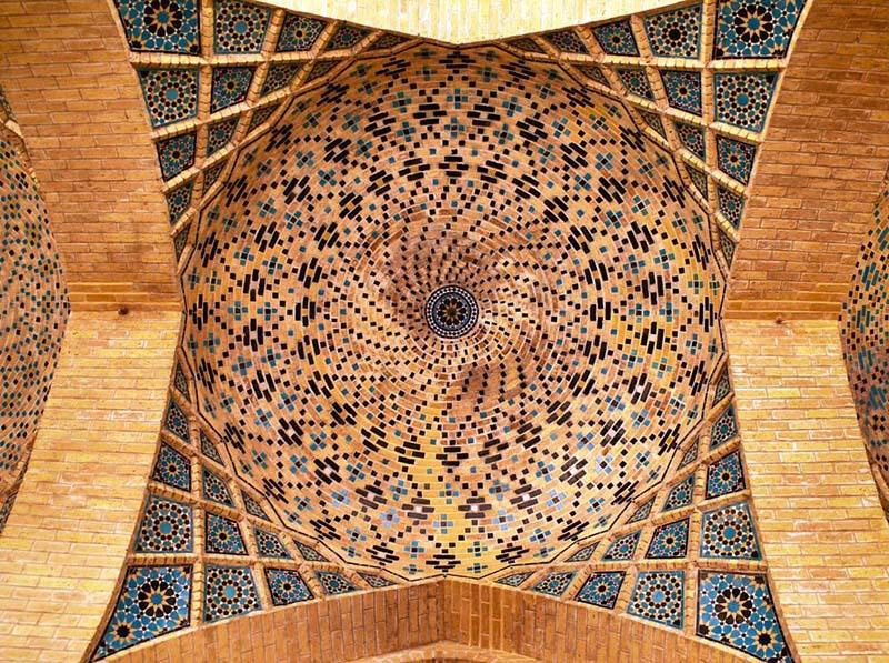 Самая красивая мечеть в Иране. Фото розовой мечети Насир оль Мольк в Ширазе