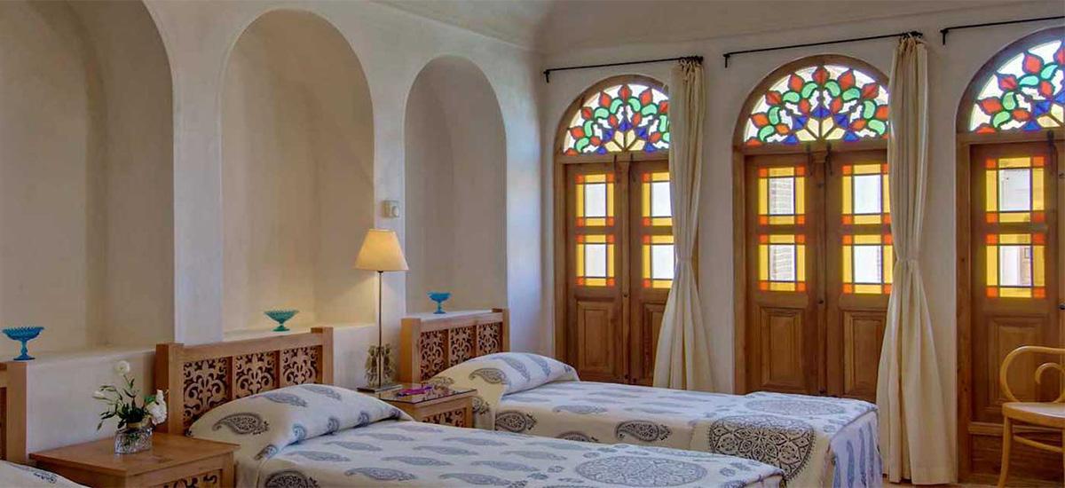 Как найти, забронировать и оплатить отели в Иране