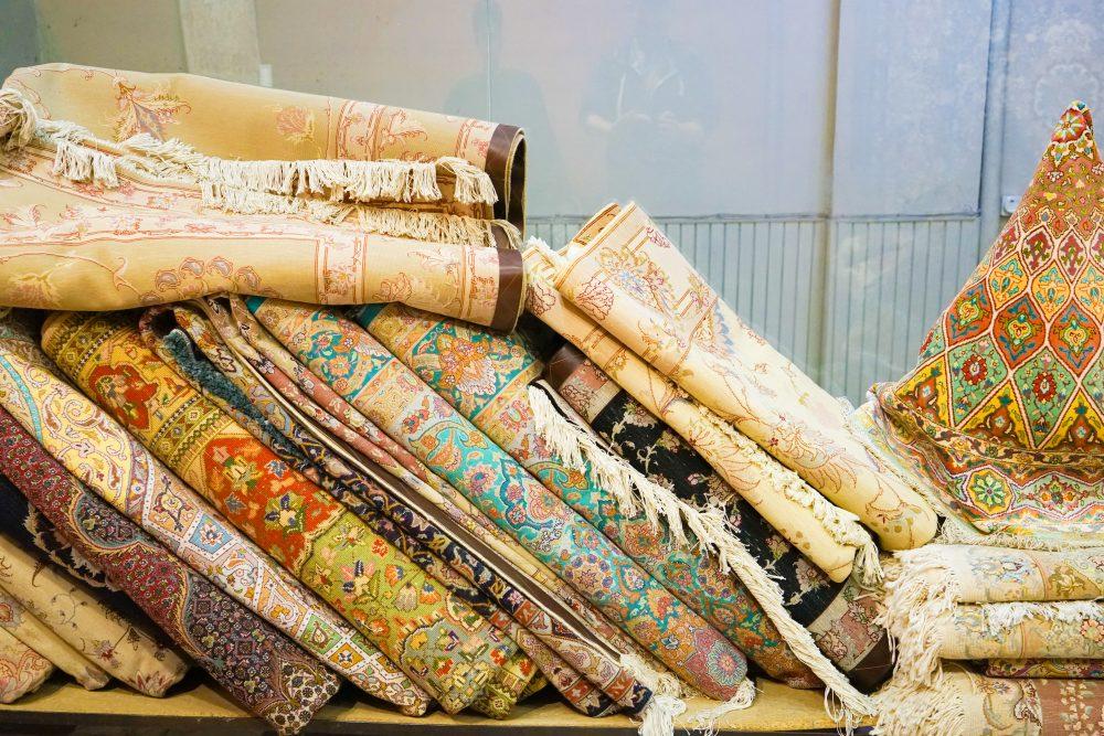 Что посмотреть в Исфахане: шелковые персидские ковры. Про Иран в блоге bazariran.ru