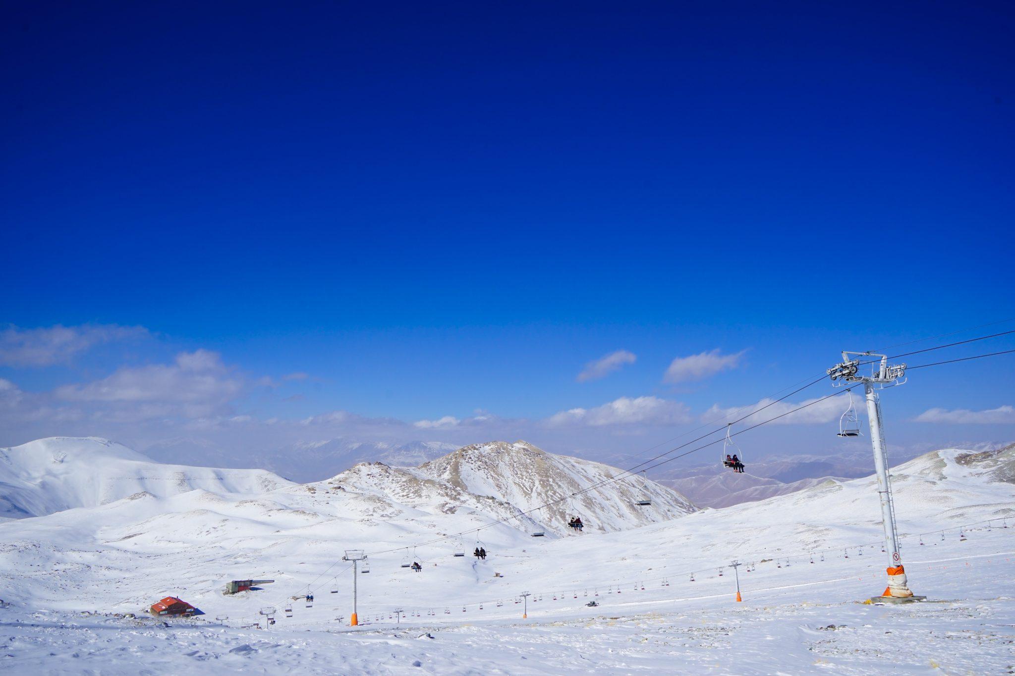 Что посмотреть в Тегеране: горнолыжные курорты. Еще больше про Иран в блоге Bazariran.ru