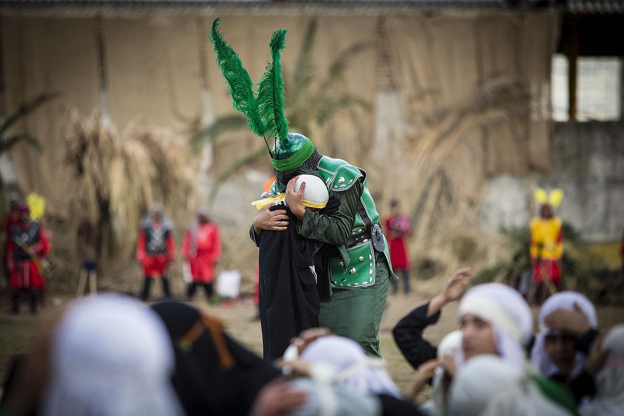 Как быть туристу в день Ашуры в Иране. Традиции и ритуалы