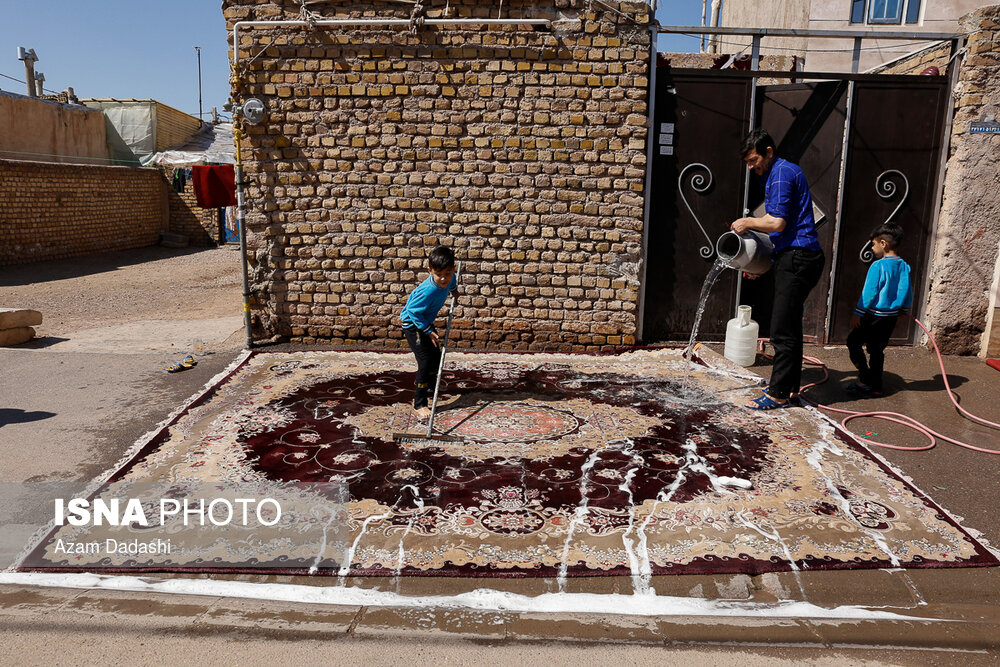 Хане-текани – иранцы моют ковры перед Новрузом